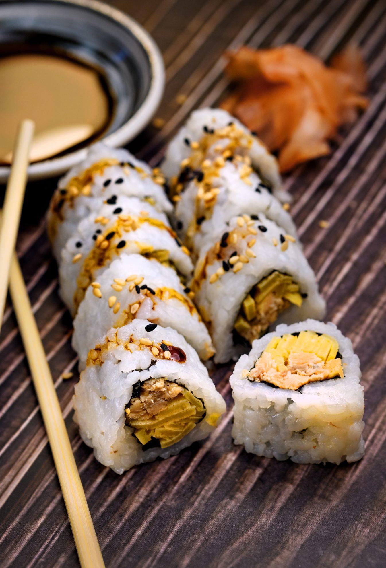 free sushi roll